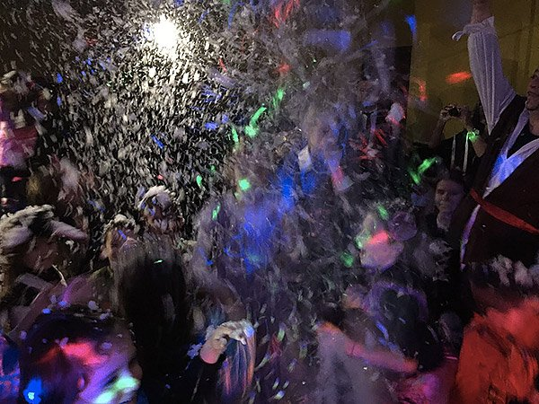 Schiuma party o nevicata artificiale in feste per bambini a Roma