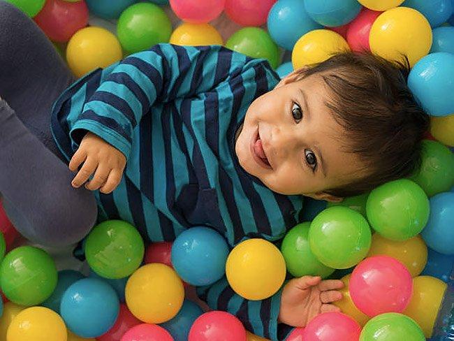 Festa ludoteca con area playground per bambini piccoli a Roma